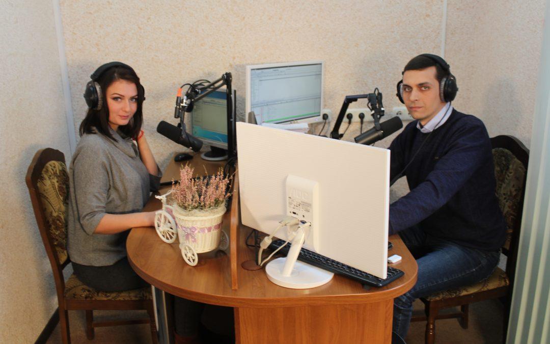 Гость в студии сегодня поэтесса Юля Полякова