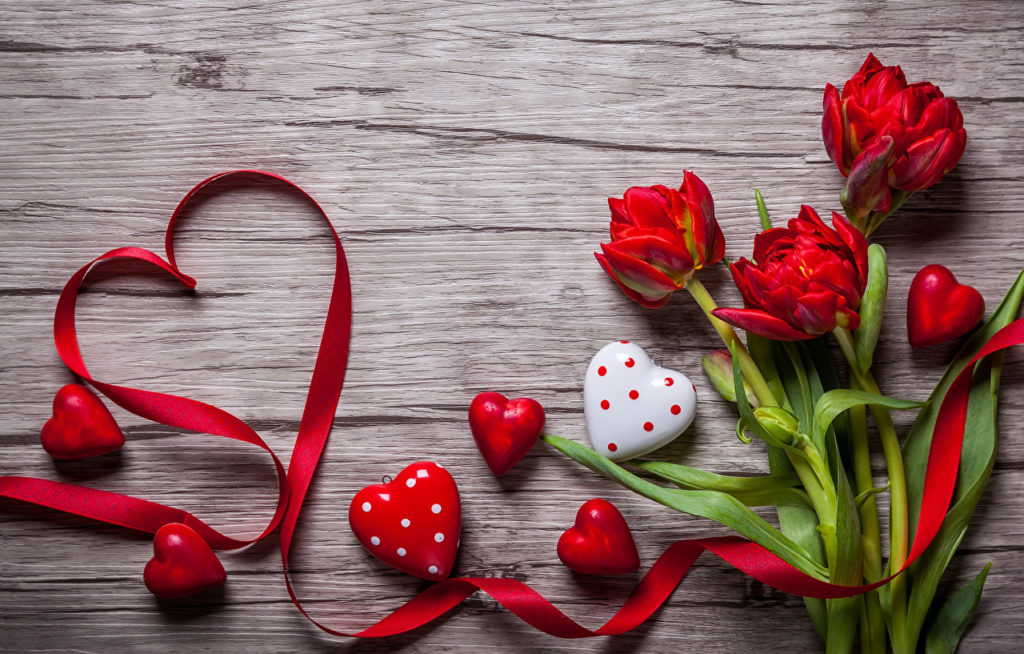 Valentine's_Day_Tulips_Heart_Red_514222_1280x817