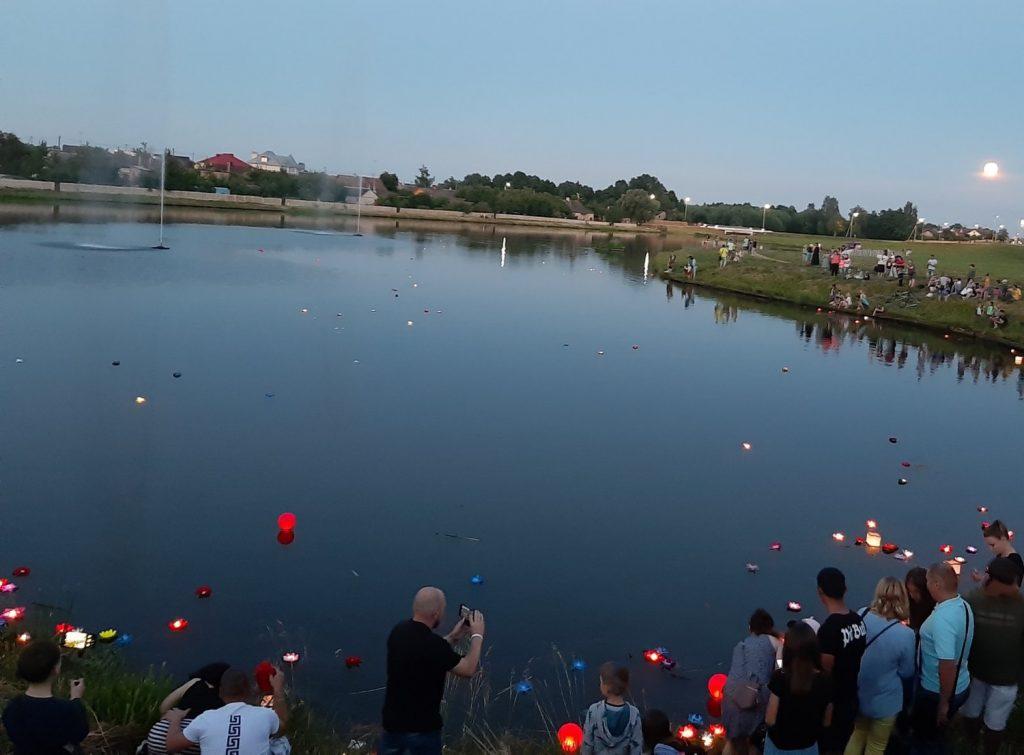 Фестиваль фонариков прошел в нашем городе.