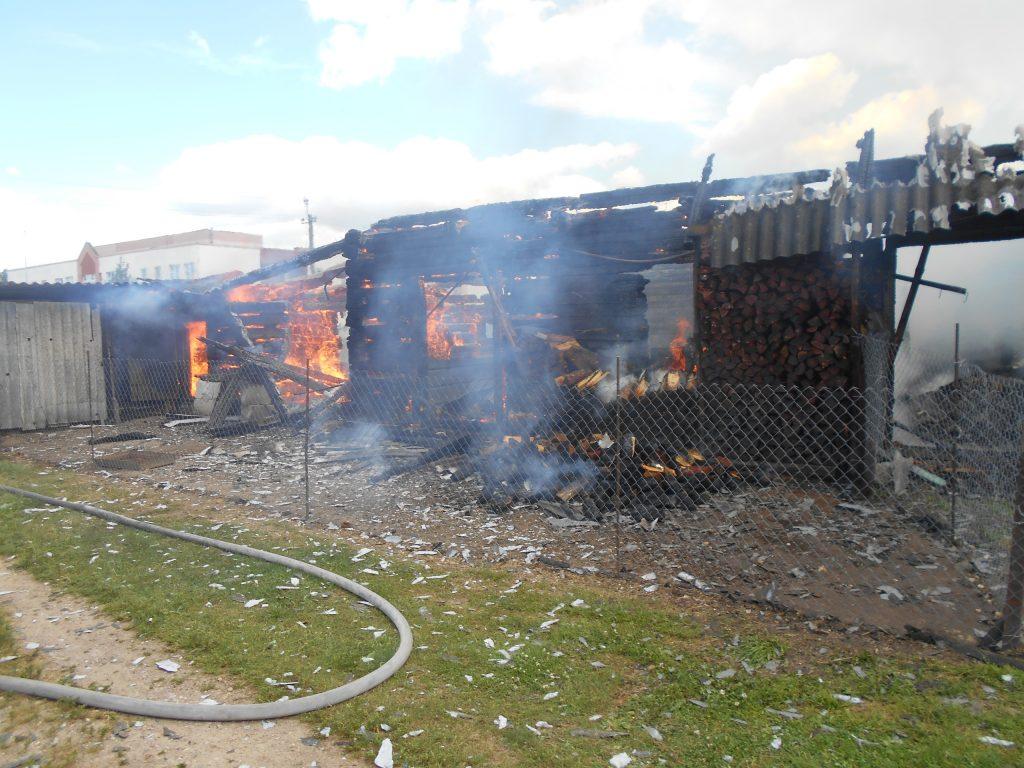 В Лидском районе сгорела пилорама.