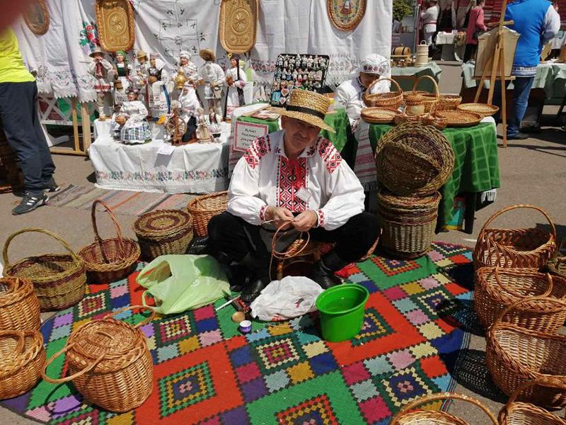 фестиваль-ярмарка народных промыслов «Весенний букет»