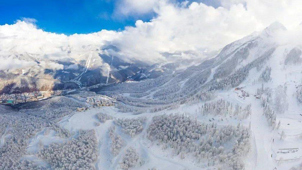 В Сочи выпал снег 2021