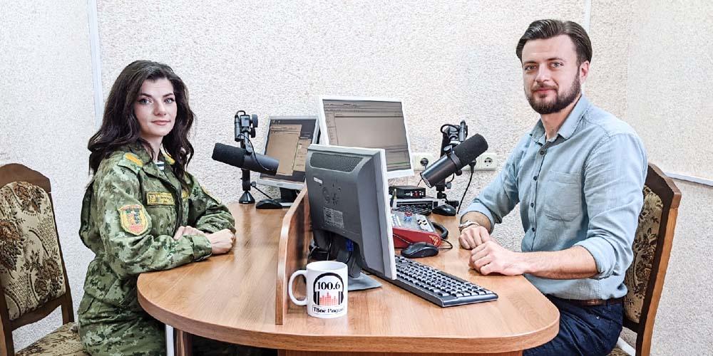 Алина Комок, кинолог отделения пограничного контроля Бенякони-1